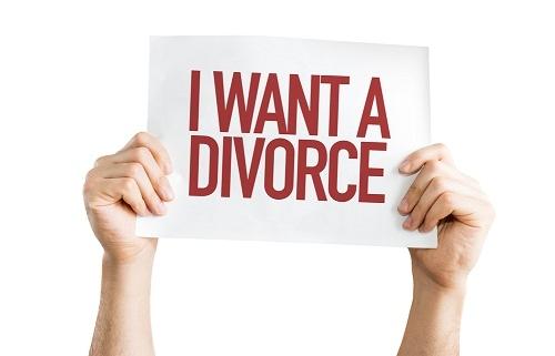 Divorce Lawyer in Naples